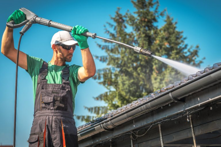 Gutter Cleaning Tampa